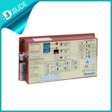 Auto sliding door controller for elevators