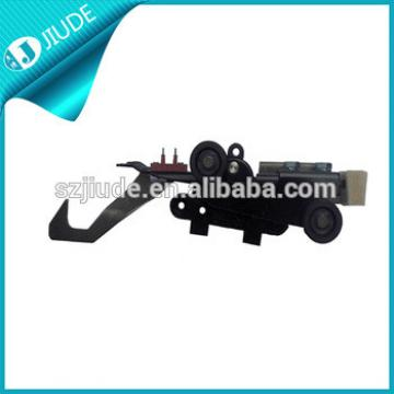 Landing door lock for parts spare for elevators