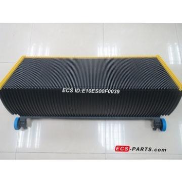 Replacement escalator step GAA26140F15 1000mm BLK with yellow plastic demarcation in 3 sides with Spring & Pin