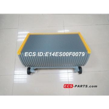 Replacement escalator step for LG 600mm 30 degree with yellow demarcation & roller