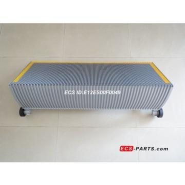 Replacement escalator step for kone 1000mm grey C/W Yellow Plastic Demarcation;C/W Roller