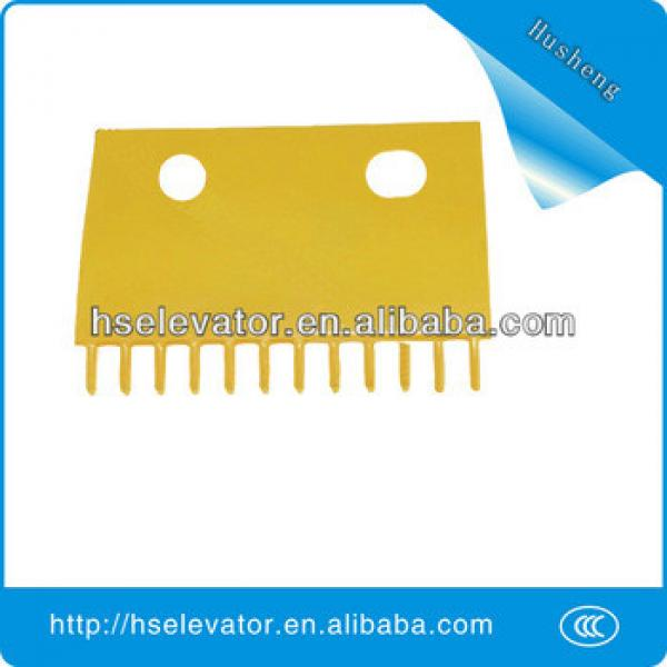 escalator comb plate EC-62 escalator yellow strip #1 image
